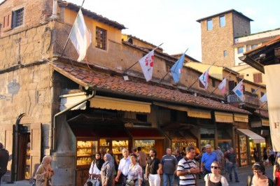 Ancient shops sell modern jewellery long the Ponte Vecchio